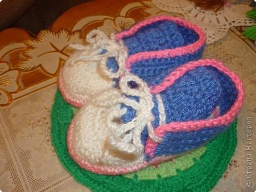 Вязание крючком: вязаные ботиночки фото 3