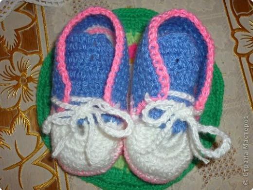Вязание крючком: вязаные ботиночки фото 4