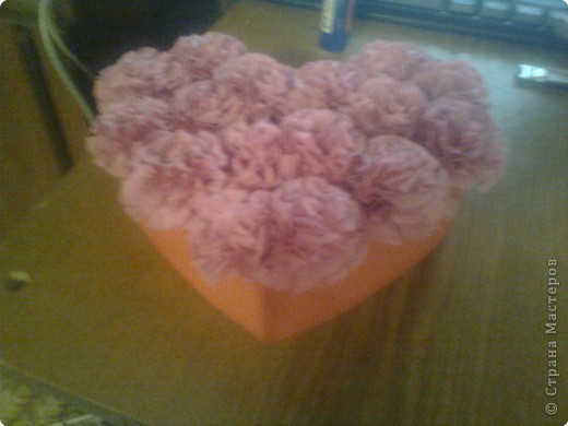 Подарочная коробочка в форме сердца фото 1