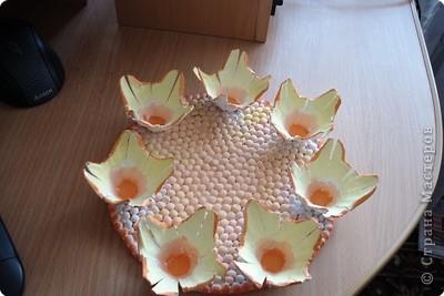 Вот такую тарелочку-подставочку я сделала из лотков для яиц. Идея взята у Голубки (большое ей спасибо) и немного переделана https://stranamasterov.ru/node/10680?u= фото 3