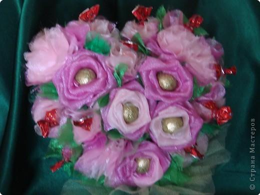Валентинка из конфет-сердечное поздравление с праздником:)) фото 2