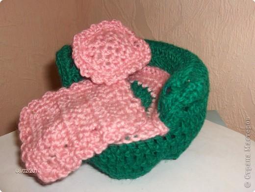 Кровать для малышки и набор постельного белья. фото 2
