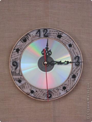 ...а вот и часики... СД диск фото 1