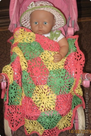Вязание крючком Платье шляпка и сумочка для куклы фото 2.