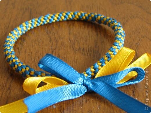 Плетение фенечки из лент +