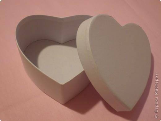Вот такую коробочку захотелось сделать ко дню влюблённых. Расскажу как делала. Возможно кому-то, что-то, да и понадобится. фото 2
