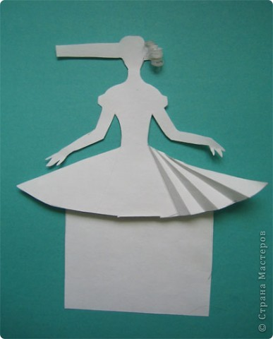 """Идея создания  такого исторического костюма в технике  бумагопластика   принадлежит моей коллеге Гончаровой А.К. Я предлагаю вашему вниманию мои методические разработки  к урокам изобразительного искусства по теме : """"Человек, декор, общество, время."""" фото 5"""