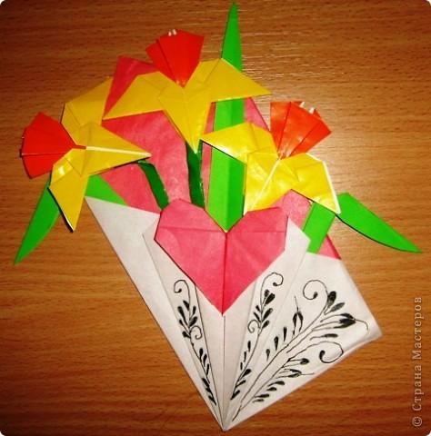 Такую красоту мне подарила Дашенька в прошлом году на день св.Валентина. Делала на кружке рисования под чутким руководством преподавателя :-) фото 1