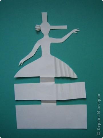 """Идея создания  такого исторического костюма в технике  бумагопластика   принадлежит моей коллеге Гончаровой А.К. Я предлагаю вашему вниманию мои методические разработки  к урокам изобразительного искусства по теме : """"Человек, декор, общество, время."""" фото 8"""
