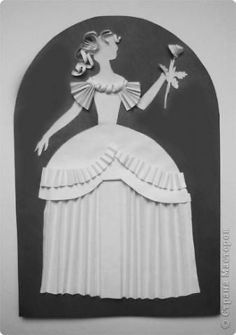 """Идея создания  такого исторического костюма в технике  бумагопластика   принадлежит моей коллеге Гончаровой А.К. Я предлагаю вашему вниманию мои методические разработки  к урокам изобразительного искусства по теме : """"Человек, декор, общество, время."""" фото 9"""