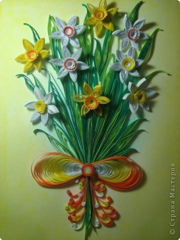 Картина панно рисунок 8 марта День матери День рождения День учителя Квиллинг Букет из нарциссов Бумажные полосы Пастель фото 8