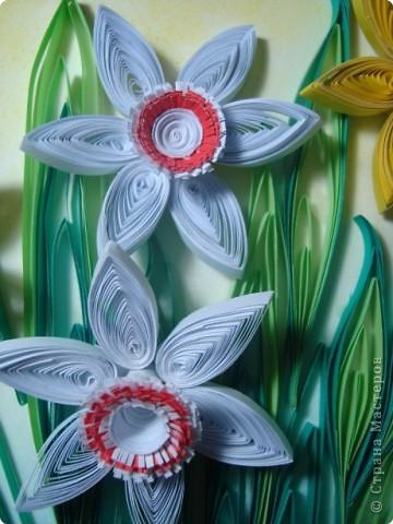 Картина панно рисунок 8 марта День матери День рождения День учителя Квиллинг Букет из нарциссов Бумажные полосы Пастель фото 4