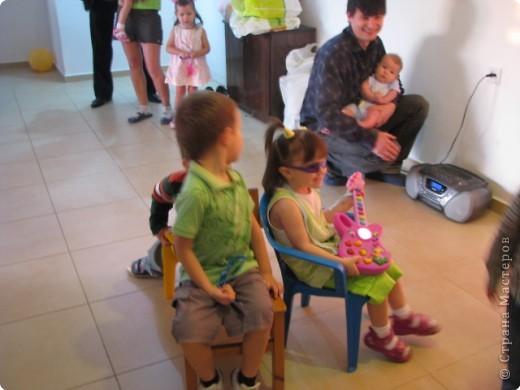 мой день рождение,дети все остались довольными и все с подарками,в конце каждой игры были призы фото 9