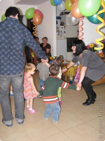 мой день рождение,дети все остались довольными и все с подарками,в конце каждой игры были призы фото 13