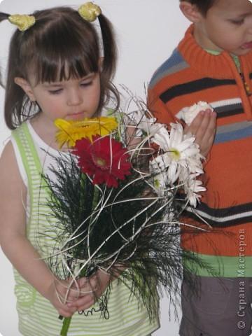 мой день рождение,дети все остались довольными и все с подарками,в конце каждой игры были призы фото 2