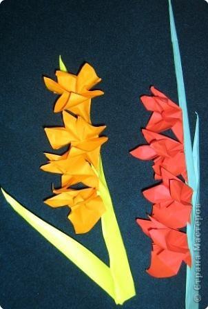 8 марта Оригами Гладиолусы