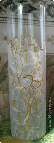 """Вот такую вазу сделала в подарок на годовщину свадьбы своей лучшей подруге. Ваза идет """"в комплект"""" к бокалам которые я дарила молодоженам на свадьбу год назад."""