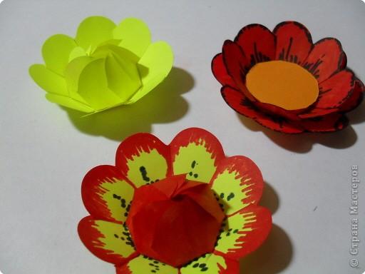 Цветы из стикеров фото 8