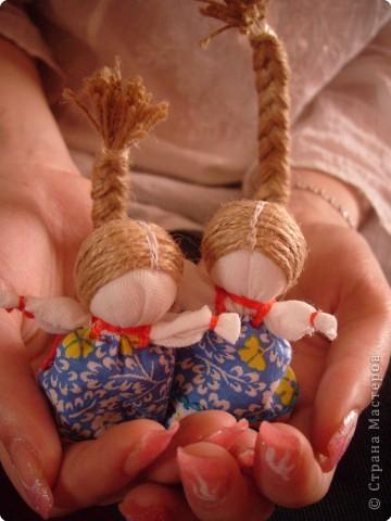 """Сшила таких куколок """"на Счастье"""" своим девочкам - Владе и Злате. Спасибо Татьяне (tatvasni) за ее МК. фото 9"""
