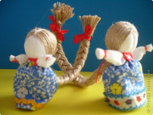 """Сшила таких куколок """"на Счастье"""" своим девочкам - Владе и Злате. Спасибо Татьяне (tatvasni) за ее МК. фото 11"""