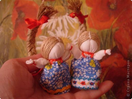 """Сшила таких куколок """"на Счастье"""" своим девочкам - Владе и Злате. Спасибо Татьяне (tatvasni) за ее МК. фото 2"""
