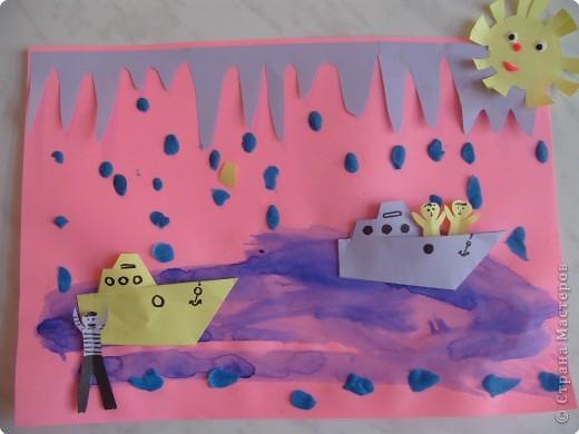 """""""Глазастые рыбки"""". Коллаж. Фон - акварель, рыбки - цветная бумага; пластилин; декор - ракушки. стекляшки. фото 4"""