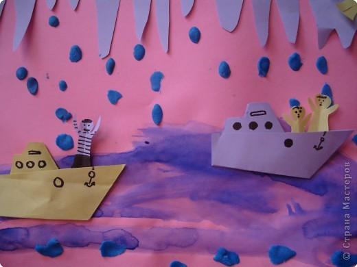 """""""Глазастые рыбки"""". Коллаж. Фон - акварель, рыбки - цветная бумага; пластилин; декор - ракушки. стекляшки. фото 5"""