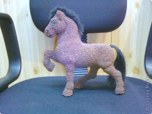 Лошадь Пржевальского из головок спичек фото 2