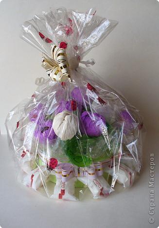 Мой первый букет из конфет в подарок. фото 2