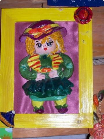 """Куколка вылеплена из соленого теста по книге Изольды Кискальт """"Соленое Тесто""""."""