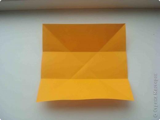 """Такую коробочку или кошелек с секретом я умела делать давно, но забыла. Благодаря энциклопедии """"Оригами"""" (автор Рик Бич), вспомнила.  Вот так выглядят готовые изделия. В чем секрет? Сначала сделаем кошелечек. фото 3"""