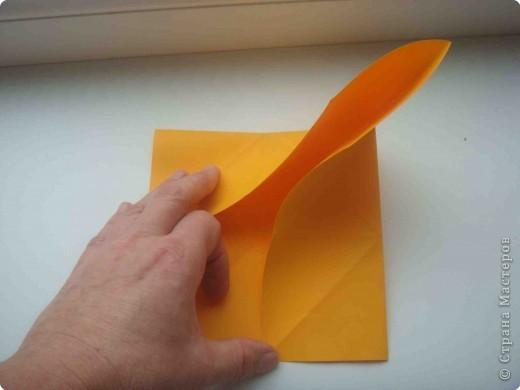 """Такую коробочку или кошелек с секретом я умела делать давно, но забыла. Благодаря энциклопедии """"Оригами"""" (автор Рик Бич), вспомнила.  Вот так выглядят готовые изделия. В чем секрет? Сначала сделаем кошелечек. фото 7"""