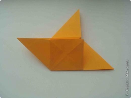 """Такую коробочку или кошелек с секретом я умела делать давно, но забыла. Благодаря энциклопедии """"Оригами"""" (автор Рик Бич), вспомнила.  Вот так выглядят готовые изделия. В чем секрет? Сначала сделаем кошелечек. фото 14"""