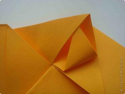 """Такую коробочку или кошелек с секретом я умела делать давно, но забыла. Благодаря энциклопедии """"Оригами"""" (автор Рик Бич), вспомнила.  Вот так выглядят готовые изделия. В чем секрет? Сначала сделаем кошелечек. фото 20"""