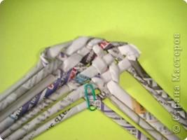Выпускаю этап подготовки трубочек, лучше их предварительно раскатать. Итак, 6 трубочек переплетаем так, как показано на рисунке. фото 5