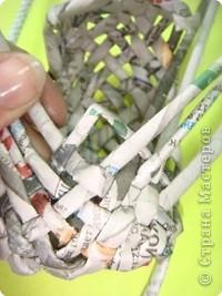 Выпускаю этап подготовки трубочек, лучше их предварительно раскатать. Итак, 6 трубочек переплетаем так, как показано на рисунке. фото 14