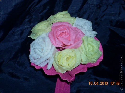Поделки своими руками розы из гофрированной бумаги