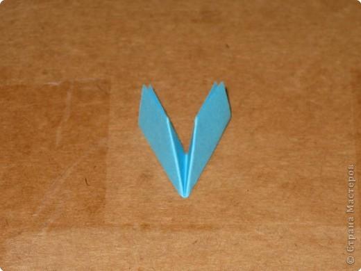 Сегодня я покажу как сделать треугольный модуль для занятия модульным оригами. фото 11