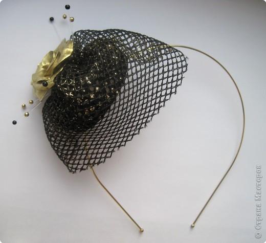 Мини-шляпка с вуалью
