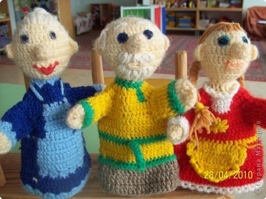 Игры пальчиковые Куклы Вязание крючком Наш кукольный театр Нитки фото 1.