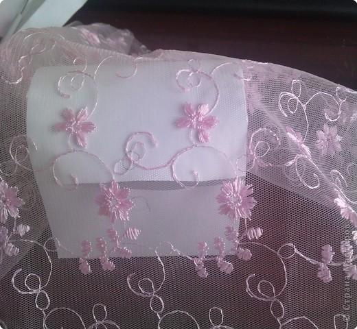 нужно: 2 ватмана форматом А1, офисная белая и розовая бумага, клей ПВА и карандаш, ножницы, циркуль. фото 13