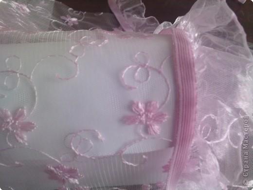 нужно: 2 ватмана форматом А1, офисная белая и розовая бумага, клей ПВА и карандаш, ножницы, циркуль. фото 14