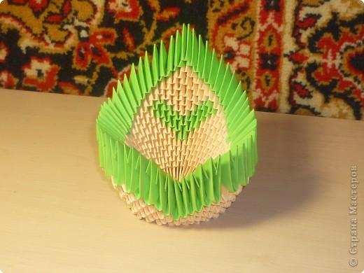 Подставка для мобильного телефона. Китайское модульное оригами.