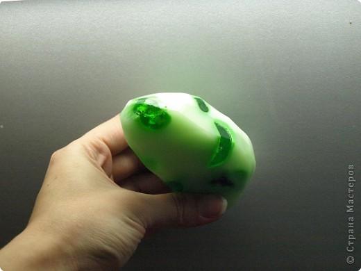 Вот такое зелененькое мыльце) У меня сегодня мыльный день) Я приготовила для Вас фото с репортажем проделанной работы) Обещает быть симпатичным) Удачного просмотра) фото 12