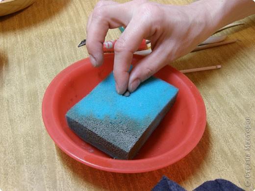 Сначала нужно сделать гипсовую форму для литья. Видела МК у Cvetovod, но я форму готовлю проще.  фото 16