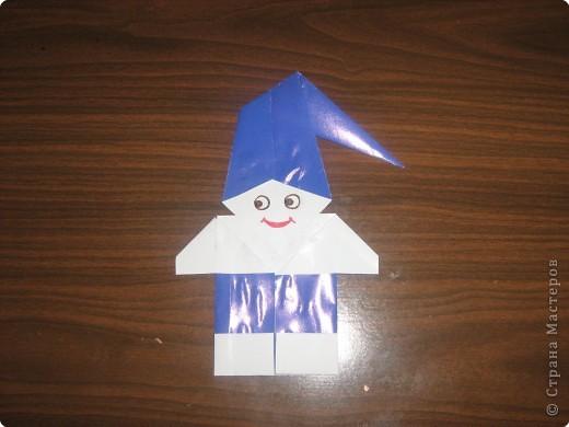 Гномик делается из двух частей:головы и туловища.Поэтому нам необходимы две заготовки квадратной формы. фото 11