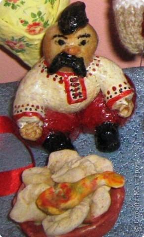 Лепка: Гоголевский Пацюк с варениками.(Солёное тесто)