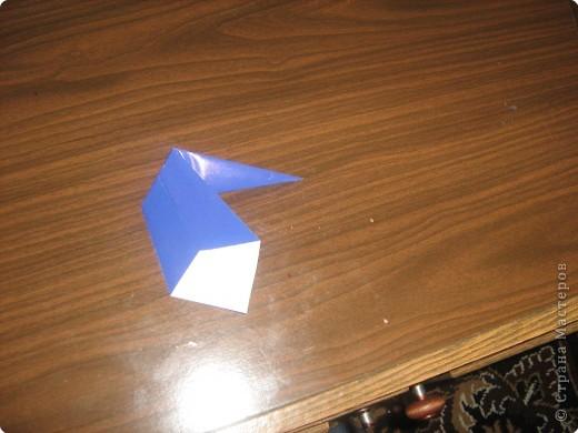 Гномик делается из двух частей:головы и туловища.Поэтому нам необходимы две заготовки квадратной формы. фото 4