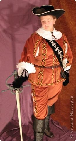 """Роль Элеоноры де Монлор планируется на ролевую игру """"Между орлами и полумесяцем"""". Графиня де Монлор - мадам знатная и не стесненная в средствах, так что костюм делался сложный. фото 5"""