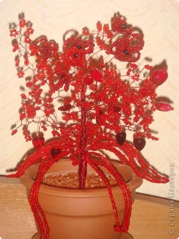 Бисероплетение: Красненькое деревце фото 1